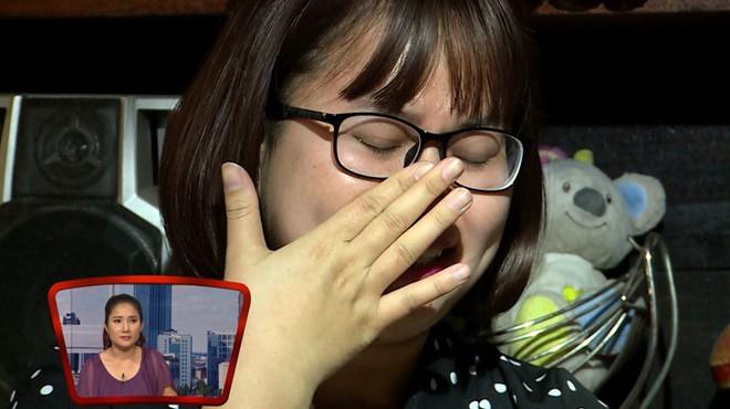 Ca sĩ chuyển giới Lê Thiện Hiếu bật khóc nức nở trên sóng truyền hình - Ảnh 5.