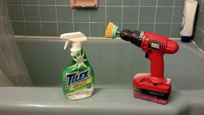 14 mẹo vặt chỉ tốn vài phút ngắn ngủi cũng đủ khiến ngôi nhà của bạn sạch bong như mới - Ảnh 14.