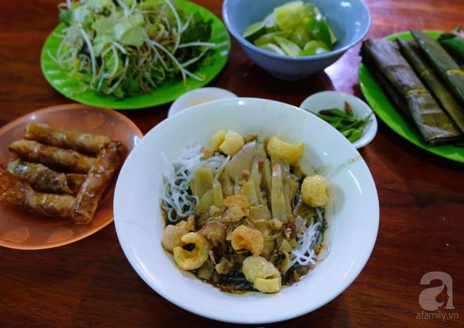4 món ăn nặng mùi, có món vừa ăn vừa phải bịt mũi vẫn nhiều người mê của Việt Nam - Ảnh 3.