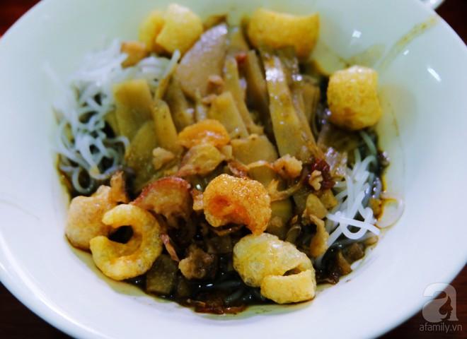 4 món ăn nặng mùi, có món vừa ăn vừa phải bịt mũi vẫn nhiều người mê của Việt Nam - Ảnh 4.