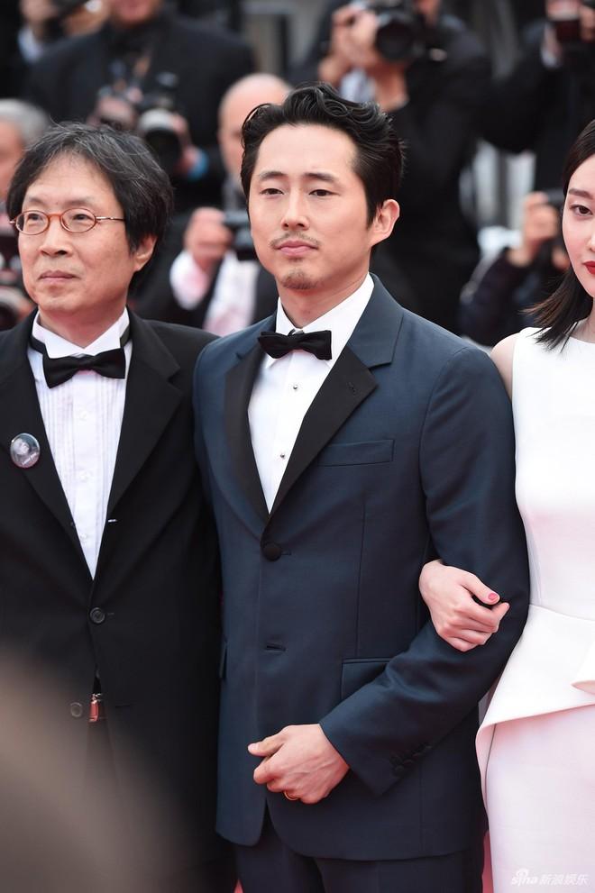 Dàn soái ca Châu Á Huỳnh Hiểu Minh, Yoo Ah In khiến loạt mỹ nhân phải lép vế khi xuất hiện trên thảm đỏ Cannes - Ảnh 6.