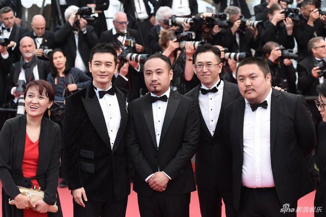 Dàn soái ca Châu Á Huỳnh Hiểu Minh, Yoo Ah In khiến loạt mỹ nhân phải lép vế khi xuất hiện trên thảm đỏ Cannes - Ảnh 10.