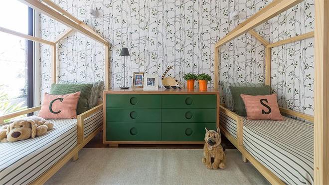 Thiết kế phòng ngủ cho cặp đôi song sinh siêu dễ thương  - Ảnh 1.
