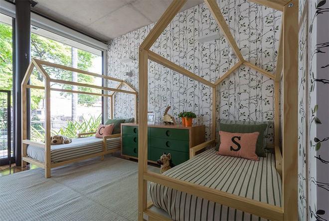 Thiết kế phòng ngủ cho cặp đôi song sinh siêu dễ thương  - Ảnh 2.