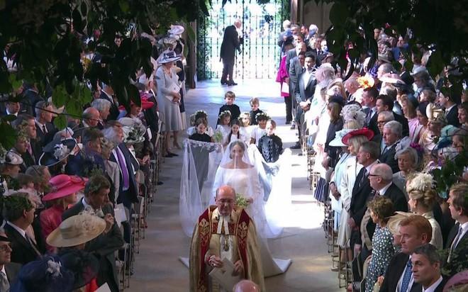 Cận cảnh những khoảnh khắc như mơ từ đám cưới hoàng gia 40 triệu đô, có hàng tỉ người ngóng chờ - Ảnh 19.