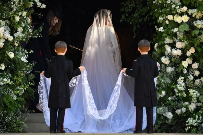 Dàn phù dâu phù rể nhí xinh như thiên thần trong đám cưới hoàng gia, Hoàng tử George và Công chúa Charlotte quá đáng yêu - Ảnh 9.