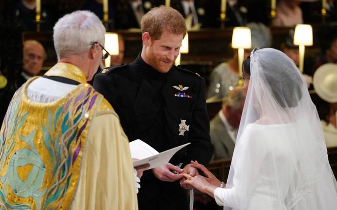 Cận cảnh những khoảnh khắc như mơ từ đám cưới hoàng gia 40 triệu đô, có hàng tỉ người ngóng chờ - Ảnh 13.
