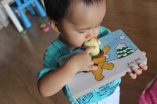 Từ A-Z những điều bố mẹ nên biết để vui đọc sách cùng con từ 0 đến 2 tuổi - Ảnh 1.