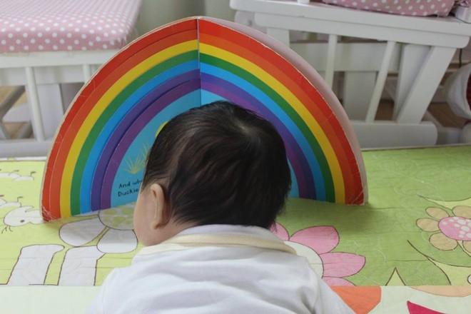 Từ A-Z những điều bố mẹ nên biết để vui đọc sách cùng con từ 0 đến 2 tuổi - Ảnh 3.