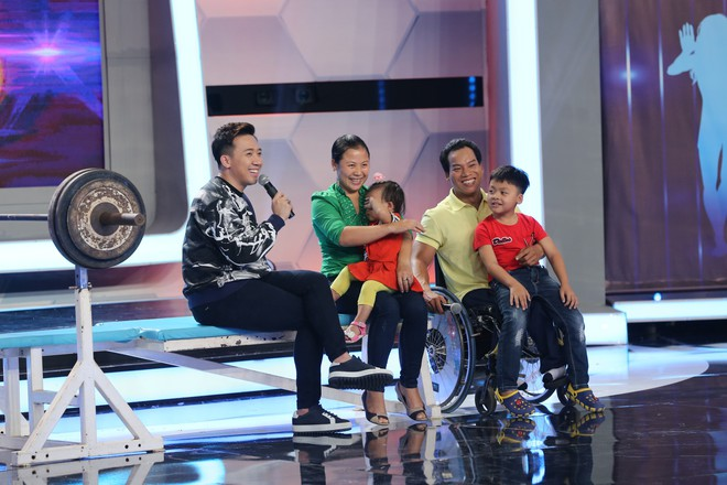 Hoài Linh - Trấn Thành gây sửng sốt với màn diễn live cùng thánh lồng tiếng - Ảnh 6.