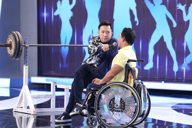 Hoài Linh - Trấn Thành gây sửng sốt với màn diễn live cùng thánh lồng tiếng - Ảnh 7.