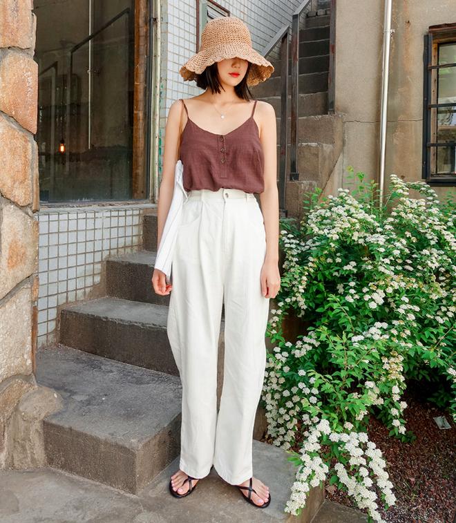 Mùa hè có nắng nóng thế nào thì 3 kiểu quần dài này cứ mặc lên người là mát - Ảnh 5.