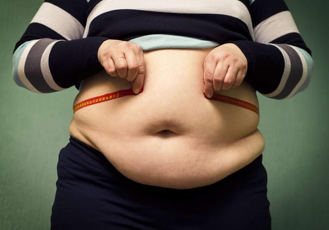 Ăn quá no vào buổi tối, bạn có nguy cơ mắc phải 8 căn bệnh sau - Ảnh 4.