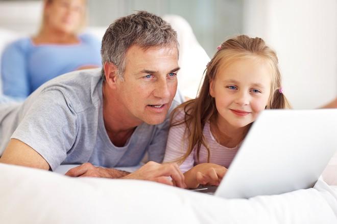 Để việc học không trở thành cực hình với con, bố mẹ hãy thử áp dụng ngay những cách này - Ảnh 2.