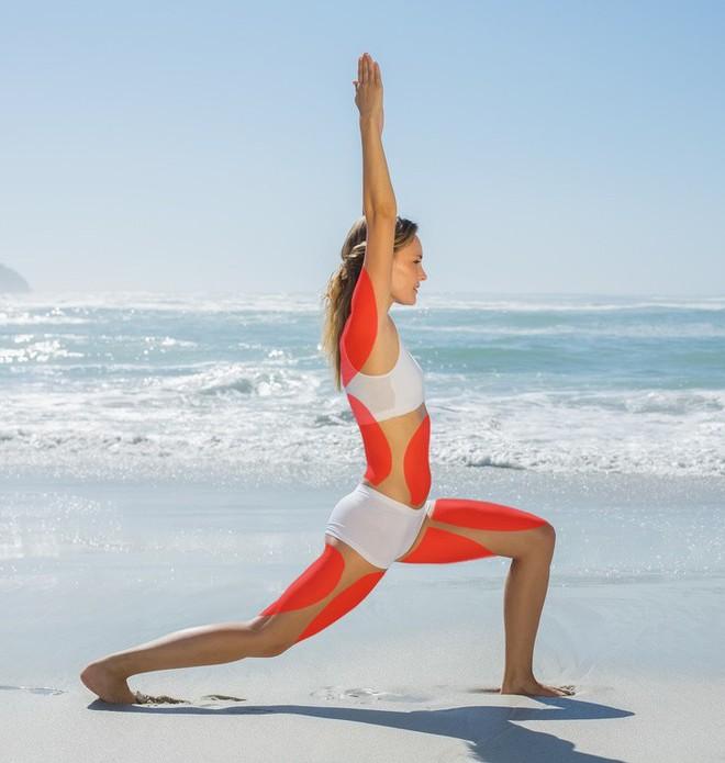 15 tư thế yoga có thể làm thay đổi cơ thể dù bạn là người mới bắt đầu tập hay đã là chuyên gia - Ảnh 7.