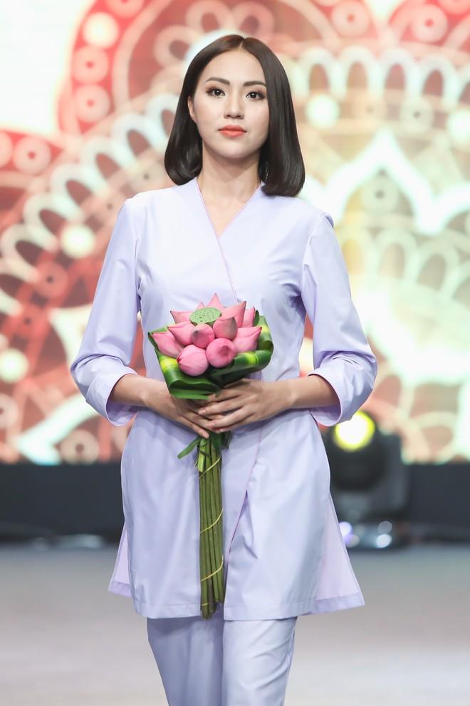 Giang Hồng Ngọc mặc áo nâu sòng, nức nở trải lòng bên Hà Anh Tuấn - Ảnh 12.