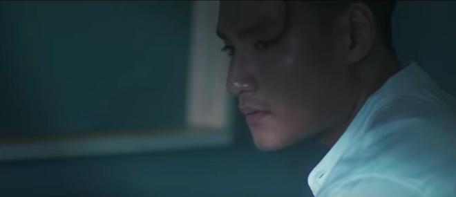 Tung MV bằng tiếng Thái, Nam Em bắt chước Sơn Tùng - Bích Phương? - Ảnh 8.