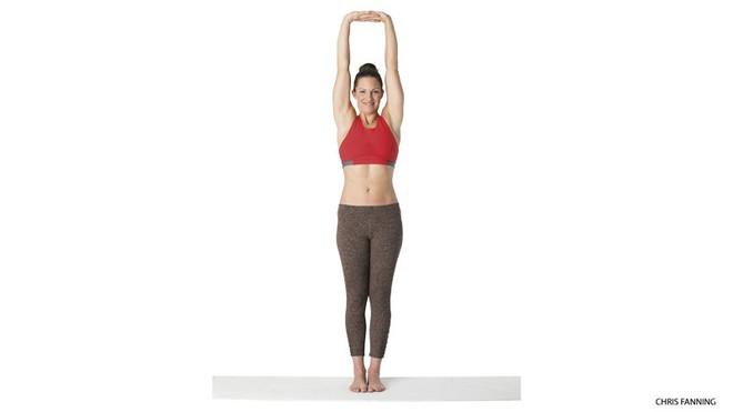 Những tư thế yoga hoàn hảo cho ngày mới tràn đầy năng lượng - Ảnh 4.