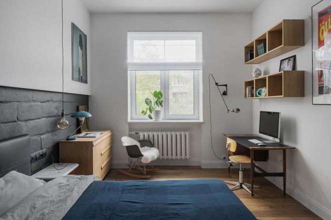 Cải tạo căn hộ từ không gian ảm đảm và nhạt nhòa thành rực rỡ sắc màu - Ảnh 12.