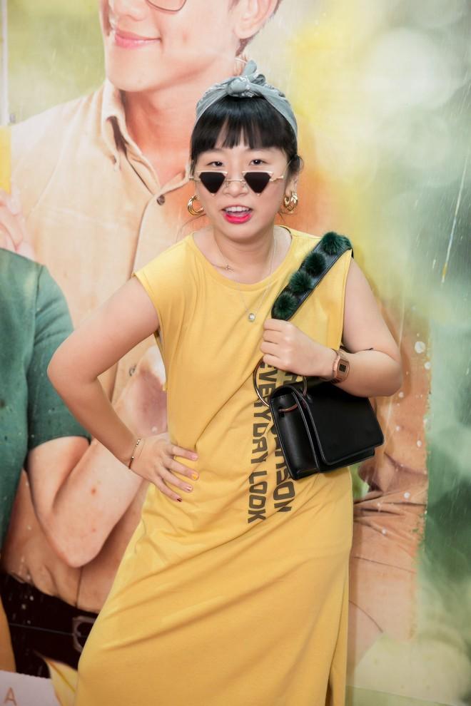 Mai Tài Phến - Hương Tràm tay trong tay, ngọt ngào ra mắt Em gái mưa bản điện ảnh - Ảnh 9.