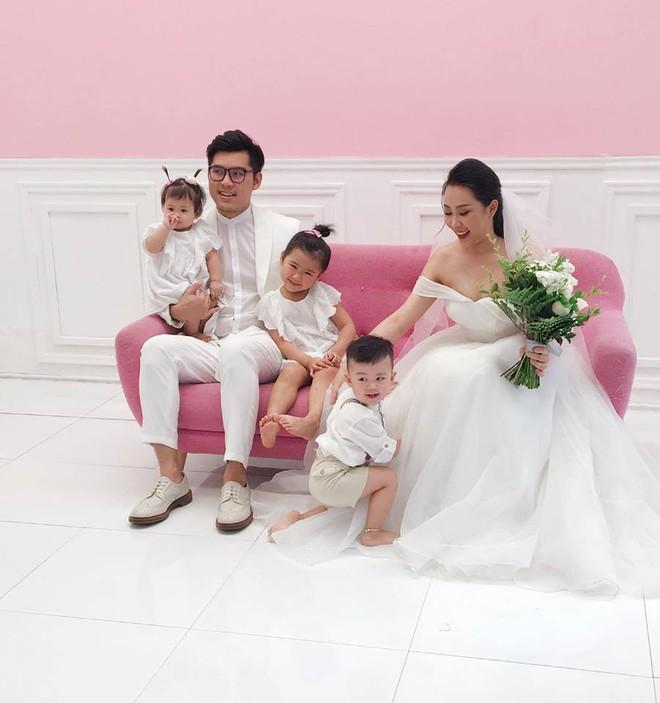 Những hình ảnh và tiết lộ đầu tiên về đám cưới của nhà văn Gào cô dâu 3 con sau 10 năm sống thật trải nghiệm hôn nhân - Ảnh 5.