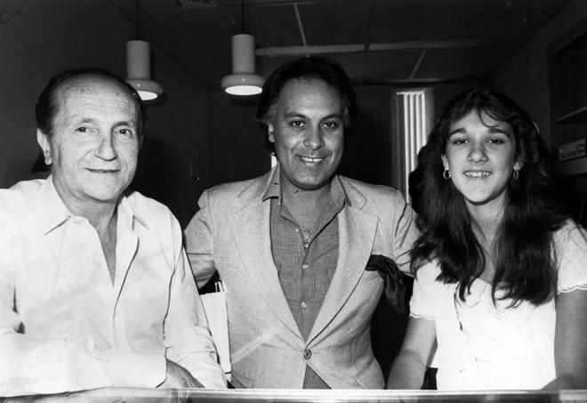 Chuyện tình âm dương cách biệt của Celine Dion - René Angelil: Anh có thể thất bại trước thần chết nhưng mãi là người hùng trong tim em - Ảnh 2.