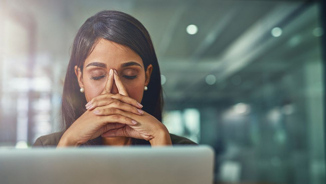 5 nguyên nhân gây đau vai gáy luôn rình rập bạn trong cuộc sống hàng ngày và cách xử lý - Ảnh 6.