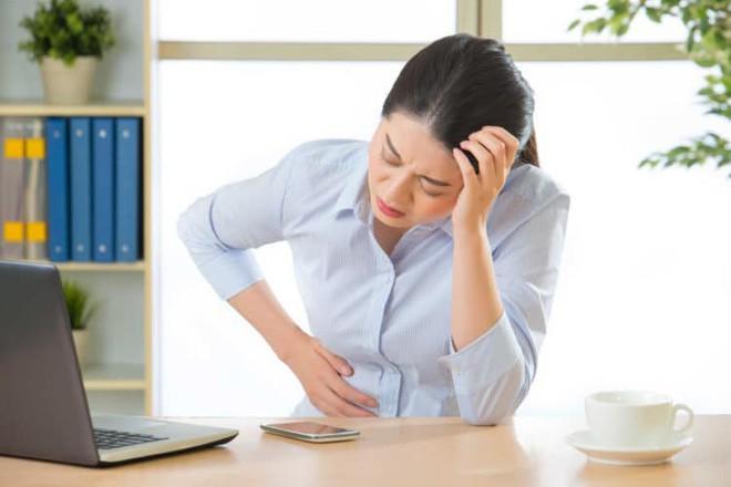5 nguyên nhân gây đau vai gáy luôn rình rập bạn trong cuộc sống hàng ngày và cách xử lý - Ảnh 8.