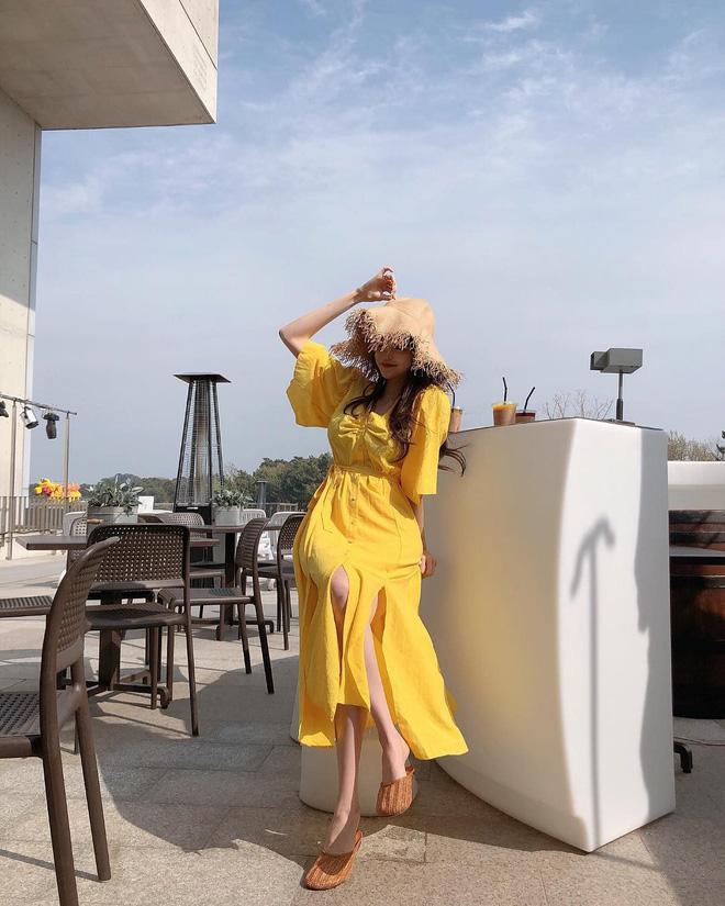20 gợi ý kết hợp đồ với gam màu vàng chanh xả mà bạn có thể chọn cho dịp cuối tuần - Ảnh 10.