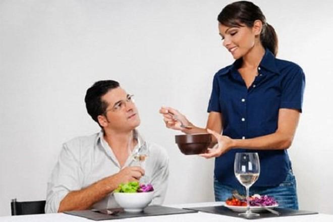 Phụ nữ thông minh đừng để chồng được thỏa mãn 7 nhu cầu này kẻo sinh 'hư', coi thường vợ - Ảnh 1.