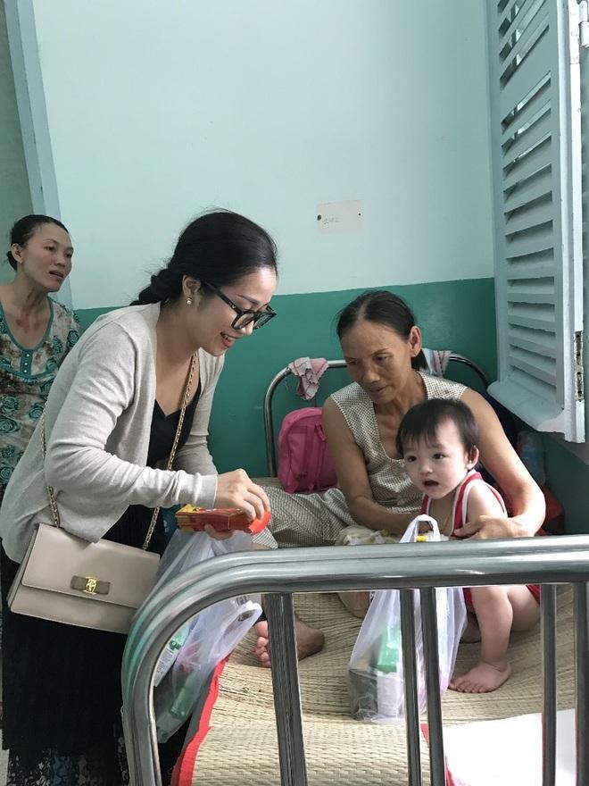 Ốc Thanh Vân hạnh phúc kể chuyện thời thơ ấu - Ảnh 2.