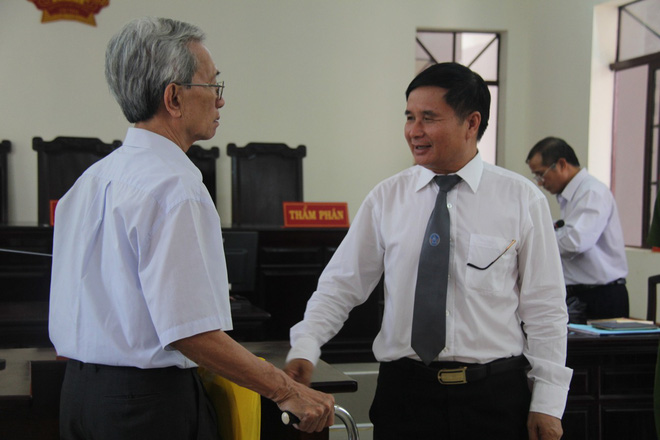 Luật sư bào chữa cho Nguyễn Khắc Thủy: Thân chủ tôi bị oan, xử 3 năm tù giam là oan quá cho ông Thủy - Ảnh 2.