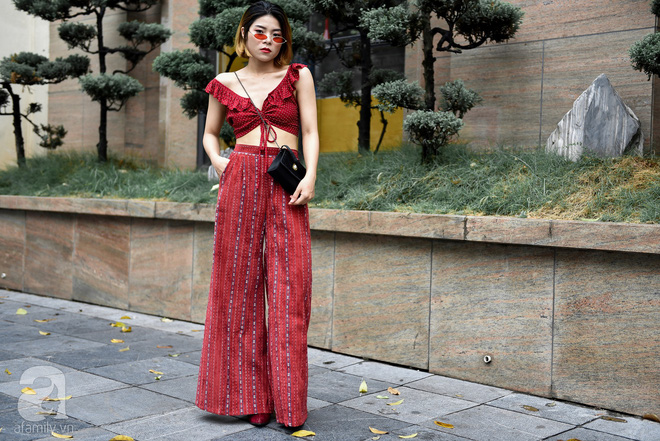 Mốt váy hạ cạp của Chi Pu được ứng dụng ngay trong street style của các quý cô miền Bắc tuần này - Ảnh 9.