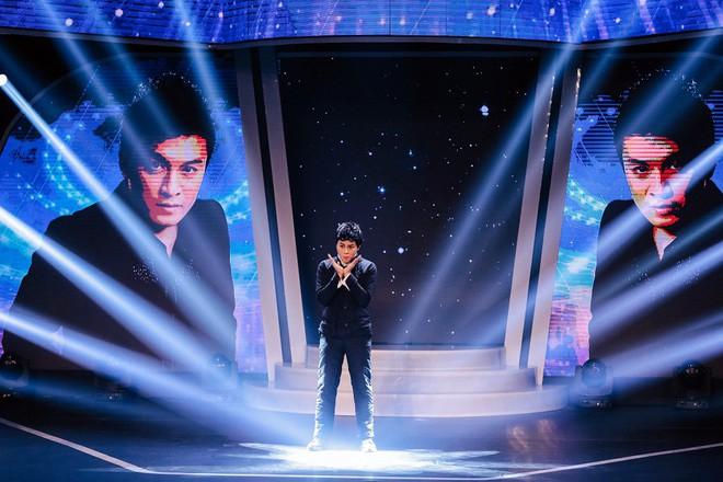 Bị nghi hát nhép ngay trong tập 1 Gương mặt thân quen, Duy Khánh lên tiếng  - Ảnh 2.