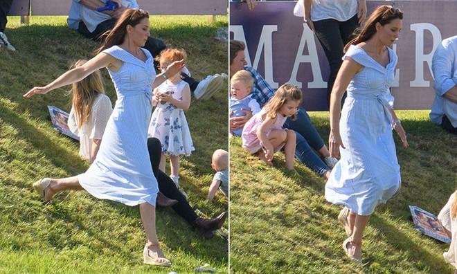 Công nương Kate tiếp tục ghi điểm nhờ thần thái giống với mẹ chồng quá cố - Ảnh 1.