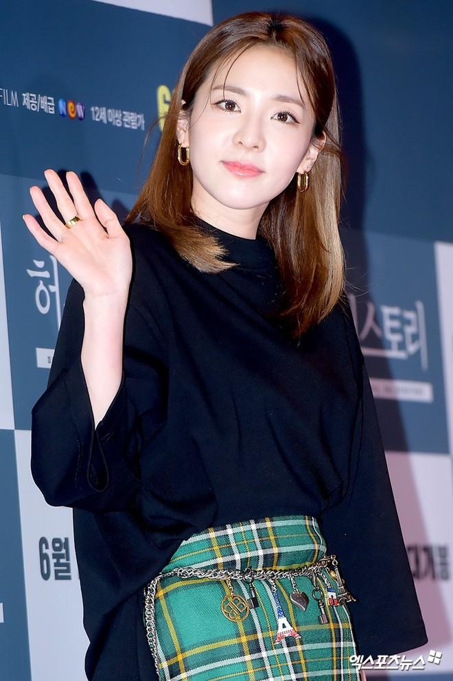 Sự kiện hội tụ gần 30 sao Hàn: Mẹ Kim Tan lép vế trước Kim Hee Sun, Jung Hae In nổi bật giữa dàn sao nhí một thời - Ảnh 17.