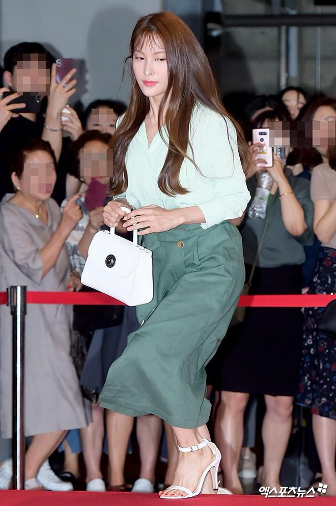 Sự kiện hội tụ gần 30 sao Hàn: Mẹ Kim Tan lép vế trước Kim Hee Sun, Jung Hae In nổi bật giữa dàn sao nhí một thời - Ảnh 20.