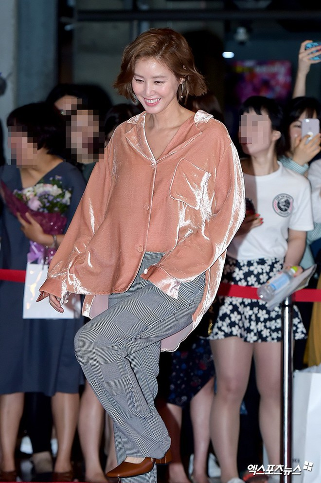 Sự kiện hội tụ gần 30 sao Hàn: Mẹ Kim Tan lép vế trước Kim Hee Sun, Jung Hae In nổi bật giữa dàn sao nhí một thời - Ảnh 8.