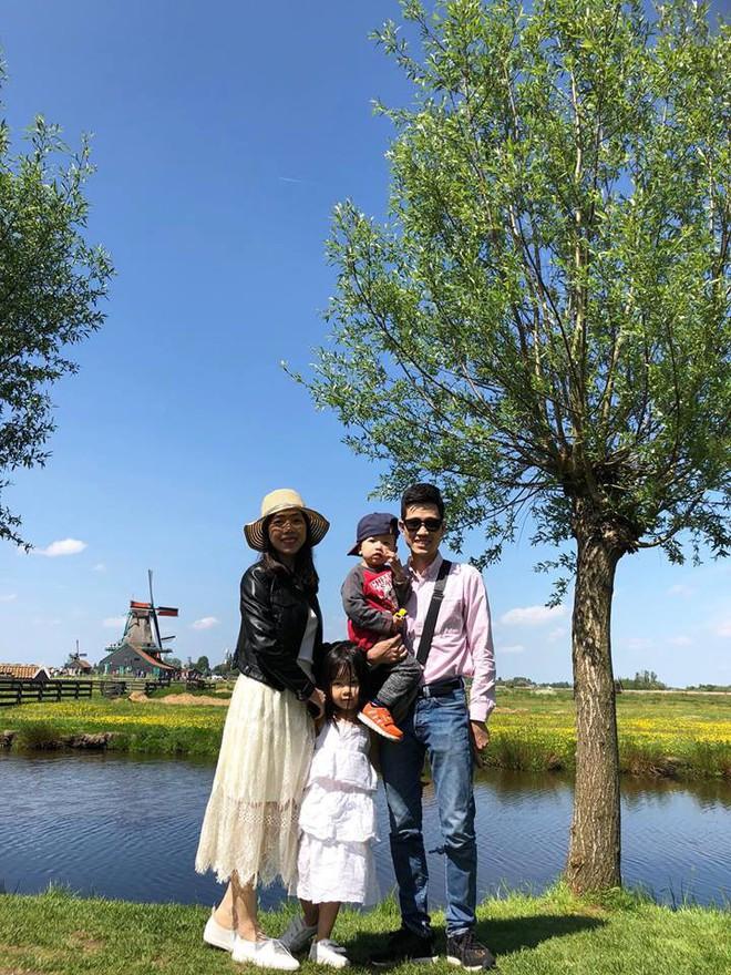 Gặp ông bố một mình lái xe 4.500km đưa 2 con và vợ chu du 9 nước Châu Âu trong 21 ngày - Ảnh 12.