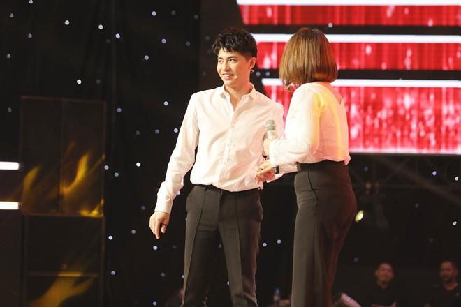 Lam Trường - Noo Phước Thịnh ngồi bệt trên sân khấu, Thu Phương dùng thủ đoạn để giành cô gái xinh đẹp - Ảnh 7.