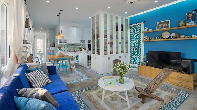 Ngôi nhà một tầng mang hương biển đẹp như mơ khiến cặp vợ chồng trẻ sẵn sàng bỏ phố về ngoại ô Sài Gòn - Ảnh 2.