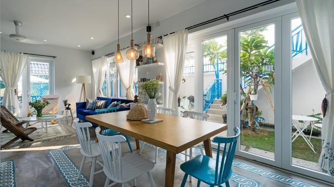 Ngôi nhà một tầng mang hương biển đẹp như mơ khiến cặp vợ chồng trẻ sẵn sàng bỏ phố về ngoại ô Sài Gòn - Ảnh 4.