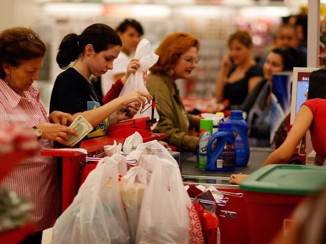 Đi siêu thị mỗi tuần phải nhớ những điều này để tránh phung phí tiền bạc, có khi lại còn tiết kiệm được ít nhiều - Ảnh 1.