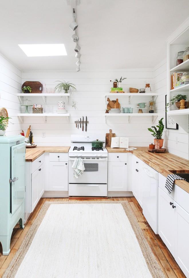 Ngắm căn bếp này sau cải tạo, nhiều người phải thốt lên vịt hóa thiên nga - Ảnh 3.