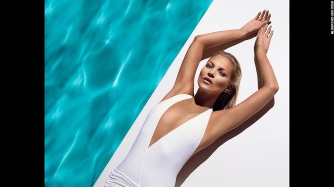 Kate Moss trở thành siêu mẫu đắt giá nhất nước Anh giữ dáng bằng những cách này - Ảnh 3.