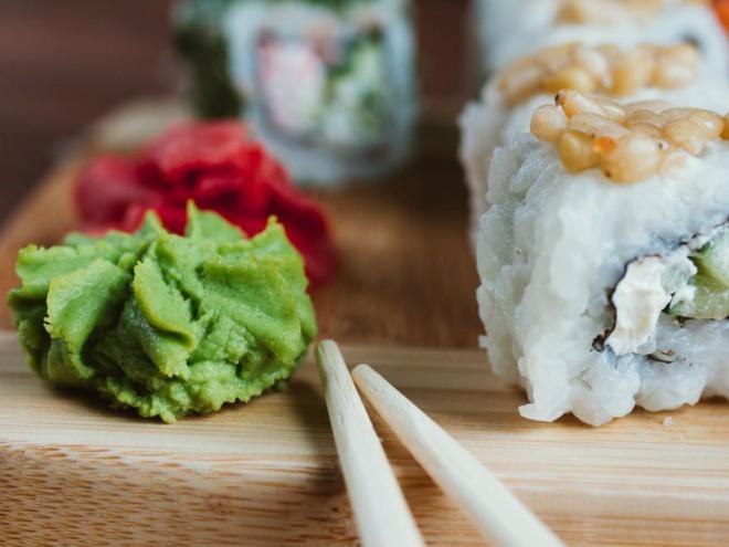 6 điều nhiều người dễ nhầm khi thưởng thức sushi - Ảnh 3.