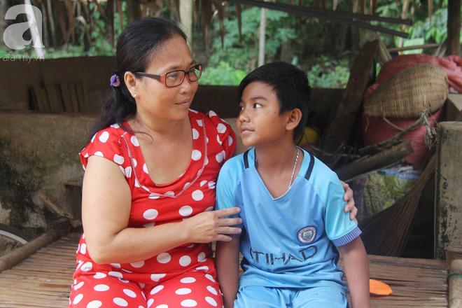 Ước mơ được đến trường của người cậu 10 tuổi phải nghỉ học để đi làm thuê góp tiền chữa bệnh cho cháu gái 7 tháng tuổi - Ảnh 8.