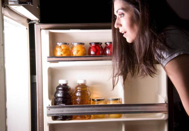 Những thói quen ăn tối tai hại gây ảnh hưởng không nhỏ tới sức khỏe mà nhiều người vẫn thường hay mắc phải - Ảnh 5.