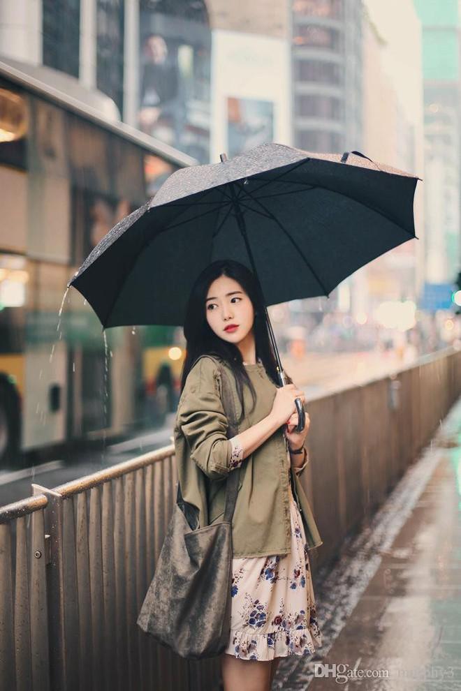 Đây là bước dưỡng da cực quan trọng nhưng rất nhiều chị em lại bỏ qua trong những ngày mưa gió - Ảnh 1.
