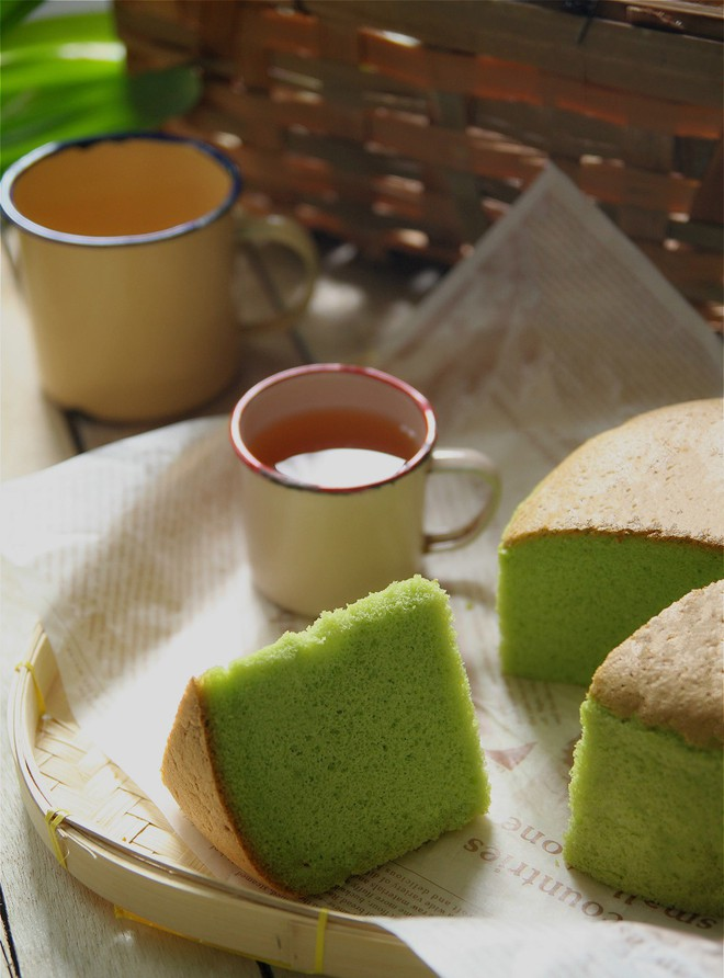 Bánh bông lan lá dứa thơm nức ngon miệng ăn 1 lại muốn ăn 2 - Ảnh 9.
